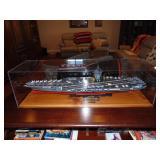 """Model US aircraft carrier """"Enterprise"""" 1:350scale"""