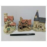 Three David Winter decorative houses