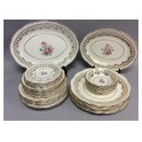 34 pieces American Beauty 22 Kt Gold china