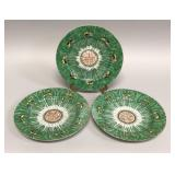 Three Chinese export Famille Verte dinner plates