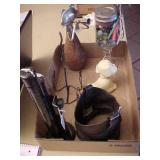 Box Lot of Miscellaneous Vintage Items