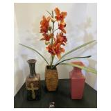 Vases & Floral Decor