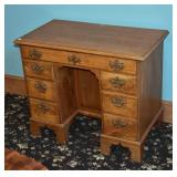 Chippendale Kneehole Desk