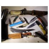 10 Different Collectible Knives