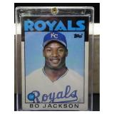 1986 Topps Traded Bo Jackson Rookie Card #50T
