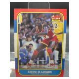 1986 Fleer Akeem Olajuwon #82