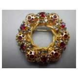 Ladies Wreath Brooch
