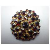 Vintage Ladies Brooch w/Black Stones