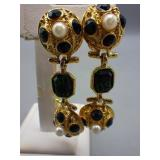 Pair of Ladies Clip on Earrings