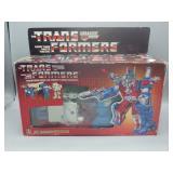 Transformer City Commander Ultra Magnus!