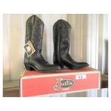 pair of Justin sixe 7B black boots