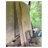 2-plastic saw horses & 2-pc siding