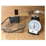 Scales & dish strainer