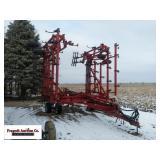 Case IH 4300 Field Cultivator, 45