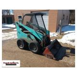 Hydro Mac 8A skid loader with cage and 23 hp Kohle