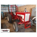 International 404 Industrial Tractor, 14.9x24 rear