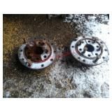 Dual Hubs off a 7120 Case IH. Item is located near