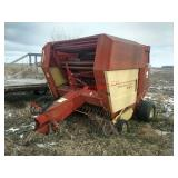 New Holland 855 round baler, 5