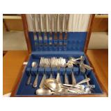 44 Pieces Flatware Set