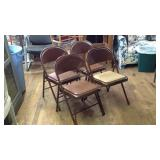 4 Metal fold out chairs