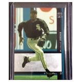 Michael Jordan holoview FX baseball card