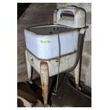 Maytag Wringer Washer for Parts, 45