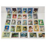 (31) Mickey Mantle Baseball Cards