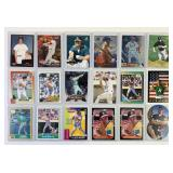 (19) Mark McGwire Baseball Cards