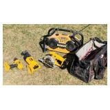 Dewalt 18v Tools with bag, Radio has charger