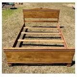 Maple Bed Frame, full size; Nice condition