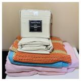 New Twin Sheets, 3 blankets, 2 are heated, no cord