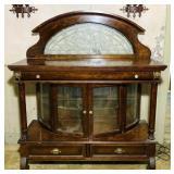 Pulaski Furniture Mahogany Lighted China Cabinet,