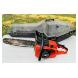 Homelite 330 Chainsaw w/case, looks nice