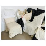 4 matching Padded Kitchen Chairs w/covers