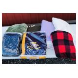 Lot of 7 different blankets