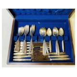Oneida Community Silverplate Set in case, 49 pc