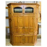 Quality Made Oak Cabinet, Autumn Oak,