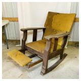 Oak Reclining Chair w/ Foot Rest, Sturdy and Well