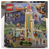 LEGO DC Super Hero Girls, NEW