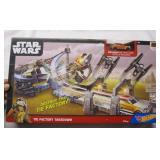 Star Wars Hot Wheels Tie Factory Takedown Set NEW