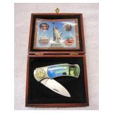 Folding Knife in Wood Box,  Towers/Liberty Statue