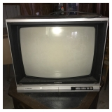 RARE Hitachi TV. Works.