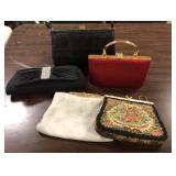 Lot of vintage handbags