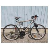 MENS CCM MOUNTAIN BIKE