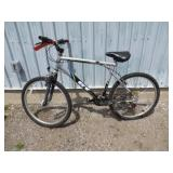 MENS BLACK GT MOUNTAIN BIKE