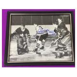 Bobby Hull Autographed 8 x 10 Framed