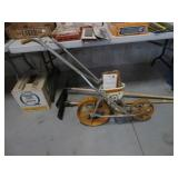 Golden Harvest garden seeder w/ plates