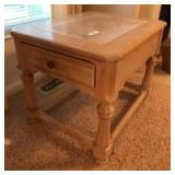 Hammary 1 drawer lamp table with tile top,