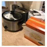 Slow cooker, rice cooker, toaster and electric water kettle
