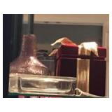 Plastic box with hinged lid, present box,